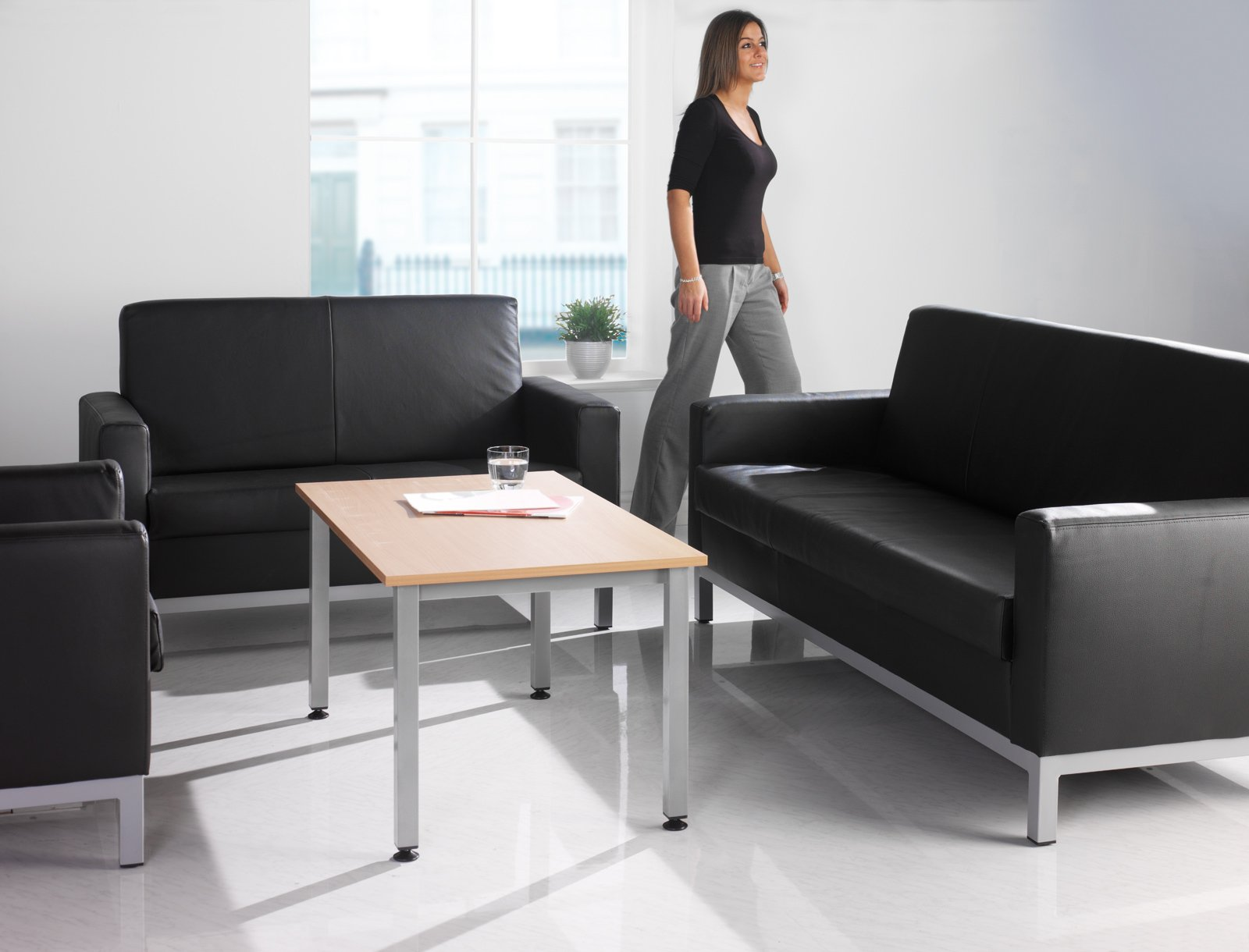 helsinki reception seating rh atlantisoffice co uk Office Reception Sofa leather reception sofas uk