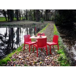 Outdoor Cafe Chairs